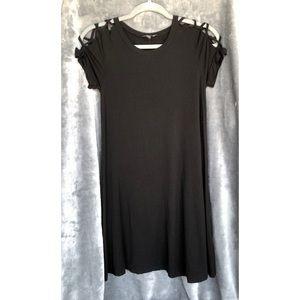 Black Criss Cross Lace Sleeve Dress Skirt Comfy